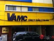"""Tài chính - Bất động sản - Tranh cãi """"nảy lửa"""" về nợ xấu: Bán nợ cho VAMC chẳng báu bở gì!?"""