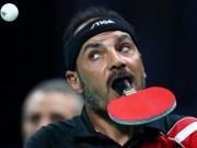 """Thể thao - Sốc Paralympic: """"Dị nhân"""" đánh bóng bàn bằng miệng"""