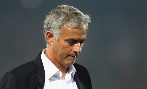 Nhà cái đặt cược Mourinho sớm bị MU sa thải