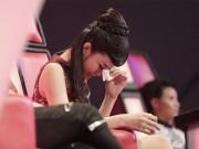 Ca nhạc - MTV - Đông Nhi khóc nấc vì học trò The Voice Kids bị chỉ trích