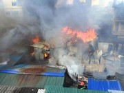 Tin tức trong ngày - Cháy lán trọ công nhân giữa Thủ đô, dân hoảng loạn tháo chạy
