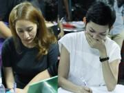 Ca nhạc - MTV - Sao Việt nấc nghẹn đến viếng ca sĩ Minh Thuận trong đêm