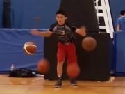 Thể thao - Choáng với cao thủ bóng rổ nhồi 4 bóng một lúc