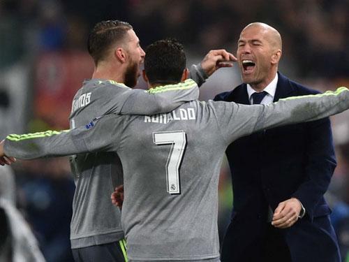 Liga trước vòng 5: Kỉ lục chờ Real, đại chiến ở Nou Camp - 1