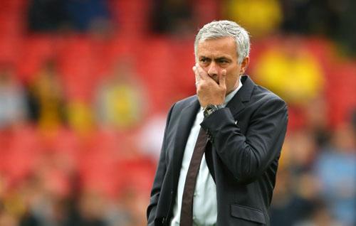 MU: Mourinho hãy ngưng chỉ trích và trở lại chính mình - 2