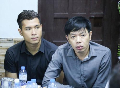 Hà Hồ thất thần đến viếng ca sĩ Minh Thuận trong đêm - 13
