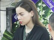 Ca nhạc - MTV - Hà Hồ thất thần đến viếng ca sĩ Minh Thuận trong đêm