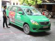 An ninh Xã hội - Cảnh sát truy đuổi taxi chở ma túy bỏ chạy trên quốc lộ