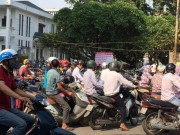 Tin tức trong ngày - Bệnh viện lớn nhất miền Bắc đóng cửa bãi gửi xe
