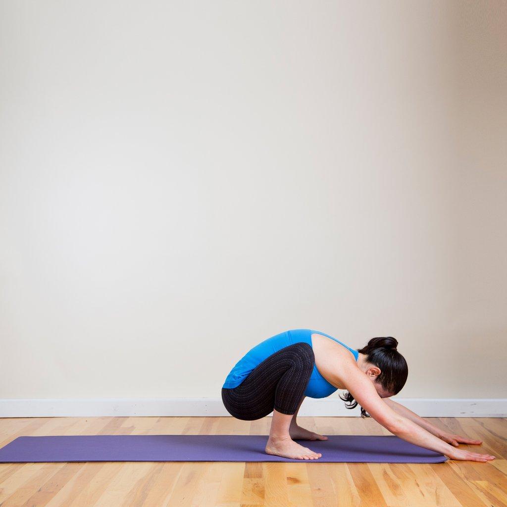 Quá stress? Một vài động tác yoga này hẳn là thần dược! - 2