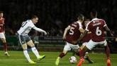 Fan MU chán nản vì Rooney, Mourinho vẫn cưng chiều