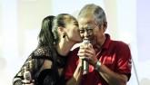 Thu Minh khóc nức nở, xin lỗi bố mẹ vì những scandal