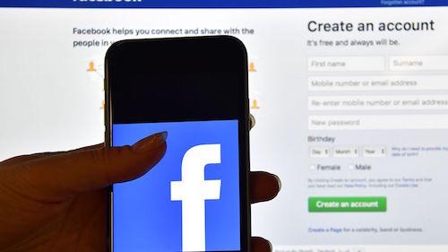 Facebook gian lận các nhà quảng cáo video suốt 2 năm qua