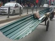 Tin tức trong ngày - Thêm một nạn nhân bị xe chở tôn cứa cổ tử vong