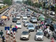 Tin tức trong ngày - Thủ phạm ùn tắc giao thông Hà Nội: Xe máy hay taxi?