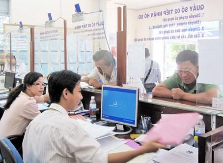 TP.HCM thí điểm tra cứu hồ sơ nhà đất qua internet - 1