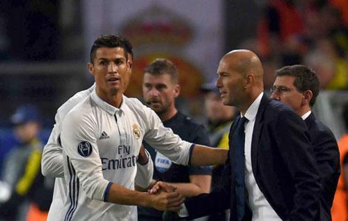 Real: Ronaldo ghi bàn 95 ở C1 và làm lành với Zidane - 1