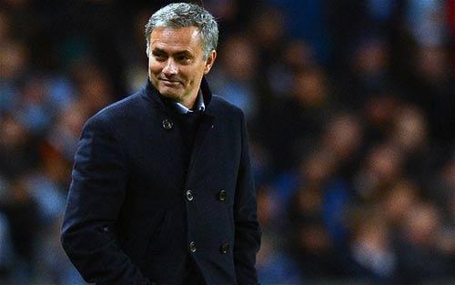 """Chelsea: """"Bóng ma"""" Mourinho trên cầu Stamford"""