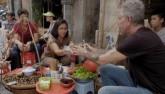 Đầu bếp ăn bún chả cùng Obama khen nức bún ốc Việt Nam