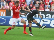 """Bóng đá - Chicharito """"nhảy múa"""" ở tốp bàn thắng đẹp V5 Bundesliga"""