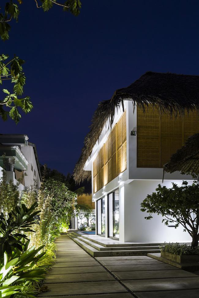 Chủ nhà là một Việt kiều, muốn xây dựng không gian nghỉ dưỡng cho gia đình ba thế hệ với những sở thích khác nhau.