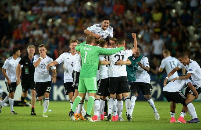 U21 Đức - U21 Tây Ban Nha: Nổ tung với cú đánh đầu - 1
