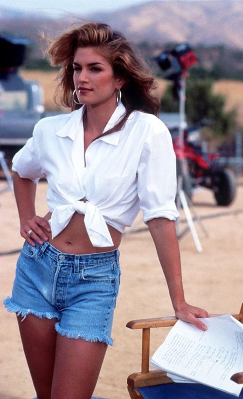 """20 năm trước, huyền thoại làng mẫu đã mặc """"chất"""" thế này cơ mà! - 7"""