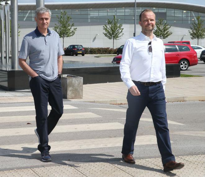 MU bế tắc vụ Morata & Matic: Sếp sòng chậm chạp, Mourinho nổi điên - 3