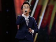 """"""" Hoàng tử Bolero """"  nhí gây xúc động với bản hit của Phan Mạnh Quỳnh"""
