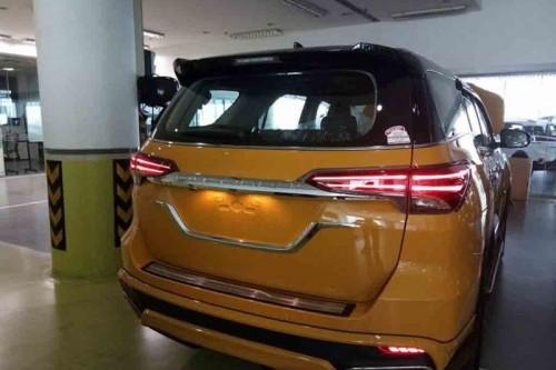 Biến Toyota Fortuner thành 'xế sang' Lexus chỉ với 70 triệu đồng - 3