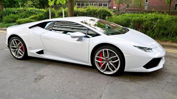 Lamborghini Huracan được cấp giấy phép làm taxi - 1