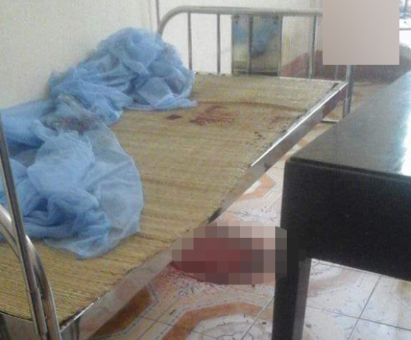 Lời kể nhân chứng vụ chồng đâm chết vợ khi đang chăm con tại bệnh viện - 2