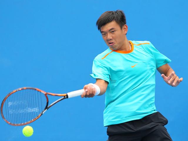 Hoa khôi quần vợt tiếp lửa Hoàng Nam ra quân Vietnam Open 12