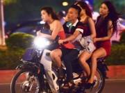 Xe máy chở ba người bị phạt bao nhiêu tiền?