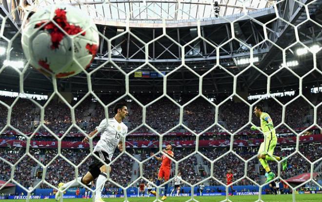 Đức - Chile: Sai lầm chết người, cái kết đắng ngắt (Chung kết Confed Cup) - 1