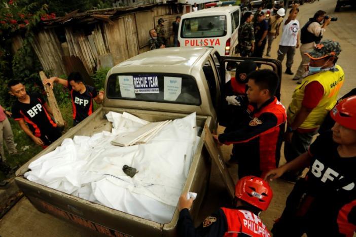 """""""Biệt đội cảm tử"""" coi thường đạn của IS ở Philippines - 4"""