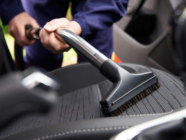 Làm sao để khử mùi xe hơi hiệu quả? - 1