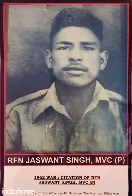 Chiến binh Ấn Độ tử thủ, một mình diệt 300 quân địch - 2