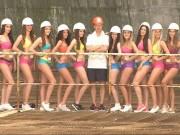 Sốc khi tuyển nữ thực tập sinh qua bài test bikini
