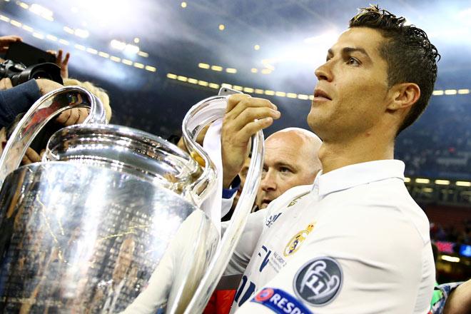 """Real: Ronaldo ra yêu sách khủng, """"bố già"""" Perez dằn mặt phũ - 1"""