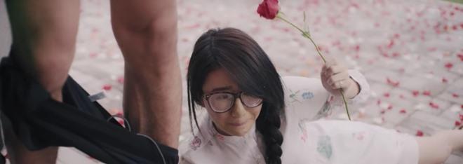 Bán nhà để làm phim, tới giờ Tú Vi - Văn Anh mới tung trailer - 3