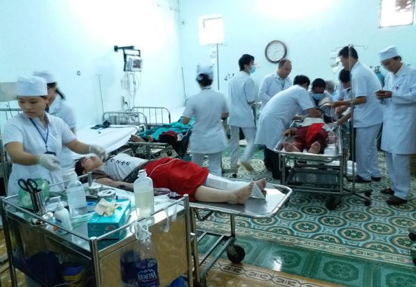 Phút cấp cứu nạn nhân TNGT bị nhiễm HIV ở Kon Tum - 2