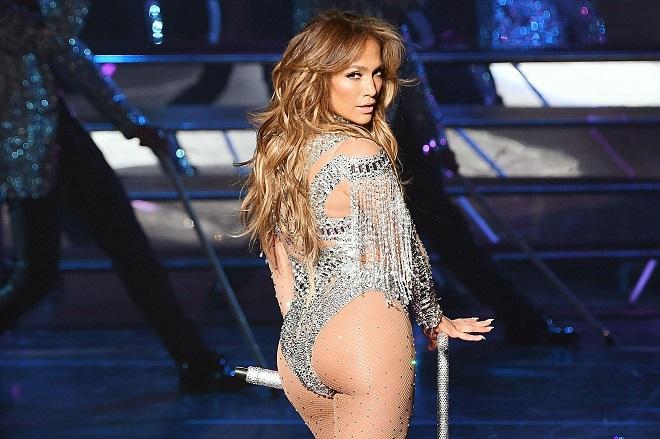 Gần 50 tuổi vẫn khoe vòng ba rực lửa, chỉ có thể là Jennifer Lopez - 6