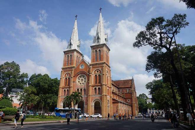 Ngắm Nhà thờ Đức Bà 140 năm tuổi ở Sài Gòn trước ngày trùng tu - 3
