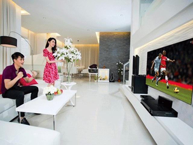 """Phòng khách nhà Thủy Tiên, Hồng Nhung: Đơn giản với nội thất """"5 sao"""""""
