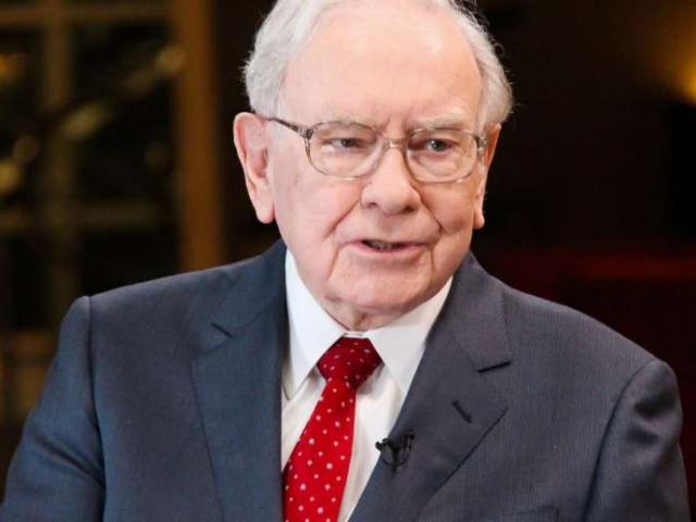 Tỷ phú đầu tư Warren Buffett có thu nhập bao nhiêu năm 14 tuổi?