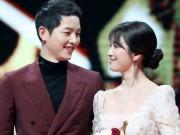 """HOT: Song Hye Kyo tuyên bố kết hôn sau tin sống thử với  """" phi công """"  Song Joong Ki"""