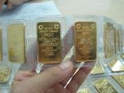 Tài chính - Bất động sản - Mua vàng hay gửi tiết kiệm?