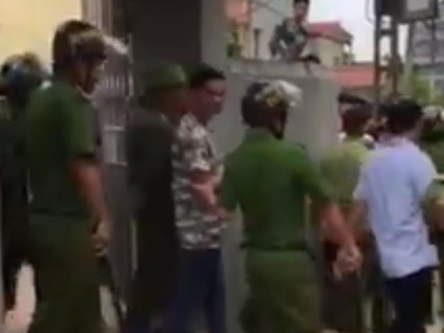 Thực hư vụ cả làng vây 2 thanh niên vì nghi bắt cóc trẻ
