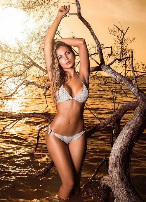 """Vợ 9X của hậu vệ Colombia là """"thánh nữ gợi cảm"""" đất Nam Mỹ - 5"""